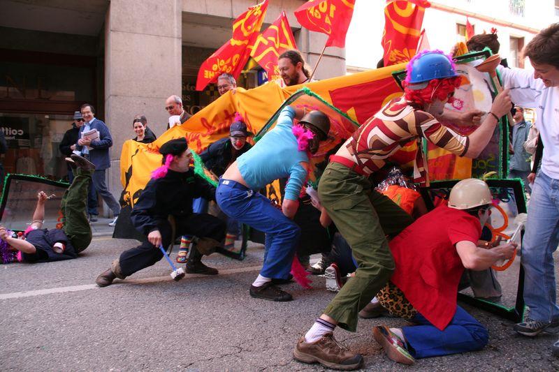 Fete du travail: Au boulot les gauchistes!!!